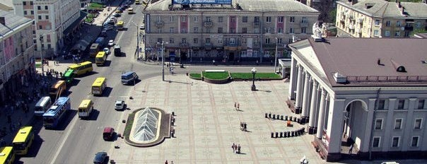 Театральна площа / Teatralna Square is one of Locais curtidos por Emil.