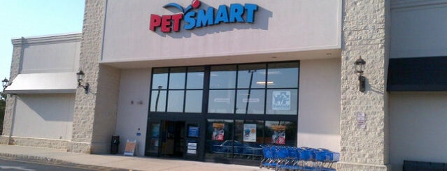PetSmart is one of Carlos : понравившиеся места.