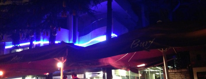 Burj Cafe is one of İstanblue.