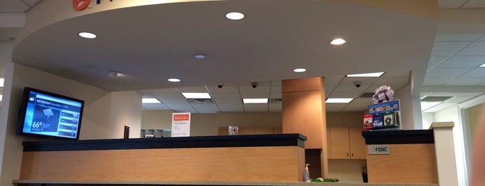 PNC Bank is one of Posti che sono piaciuti a Trin.