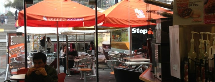 Dunkin' Donuts is one of Lugares guardados de Subcentro Las Condes.
