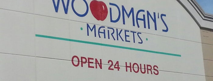 Woodman's Food Market is one of Tempat yang Disukai Rob.