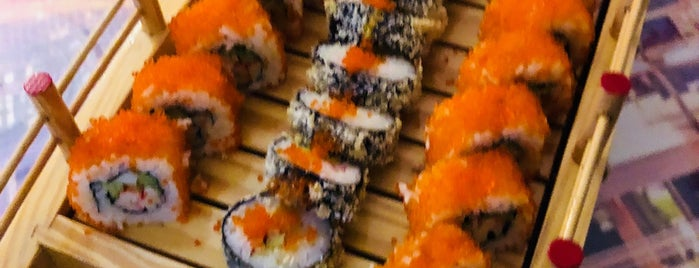 Tokyo House Sushi Bar is one of Batum.