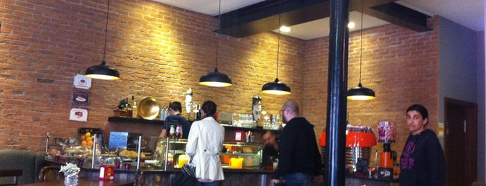 Brick Cafe is one of Lieux sauvegardés par Marina.