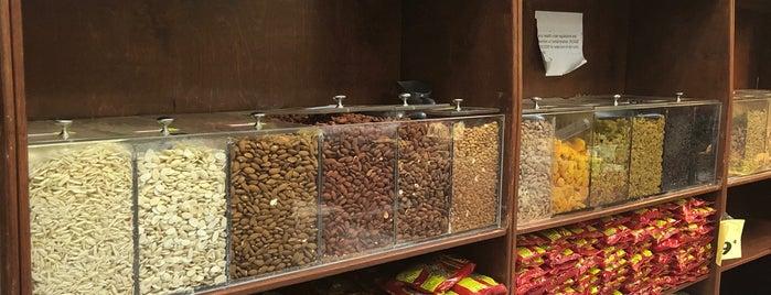 Ali Baba International Food Market is one of สถานที่ที่ Efren ถูกใจ.