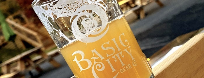 Basic City Beer Co. is one of Posti salvati di Rachel.