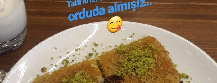 Aşiyan Künefe is one of Hasanさんのお気に入りスポット.