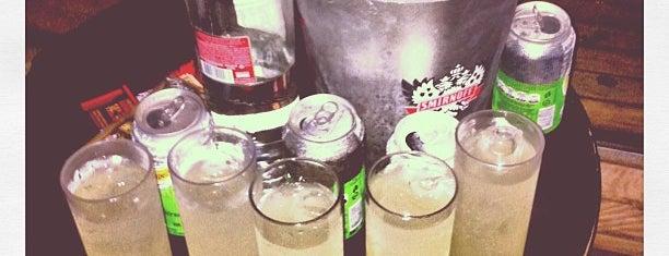 Escritório Bar is one of mara.