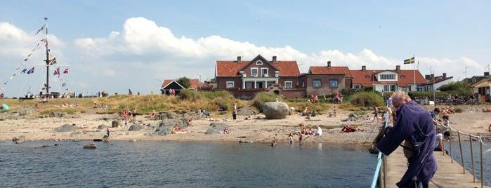 Morgondoppsbryggan is one of Lugares favoritos de Sven.