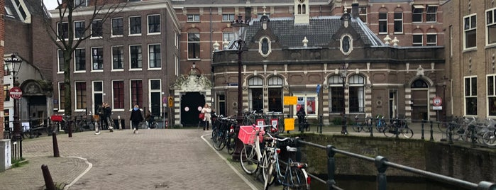 Universiteit Van Amsterdam is one of Amsterdam.