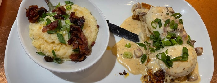 Another Broken Egg Cafe is one of Nashville To-Do List.