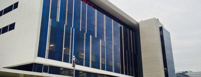 Eskenazi Hospital is one of Gene'nin Beğendiği Mekanlar.