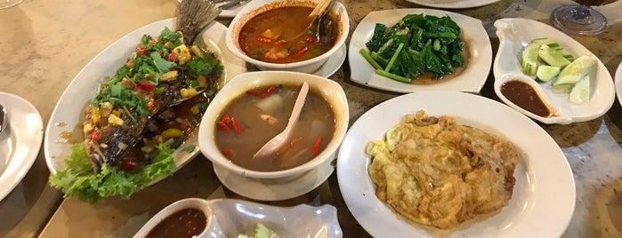 Kahfi Tomyam Seafood, Jln Wakaf Bharu is one of @Kota Bharu,Kelantan #4.