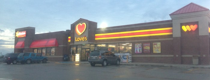 Love's Travel Stop is one of Jared's Liked Places.
