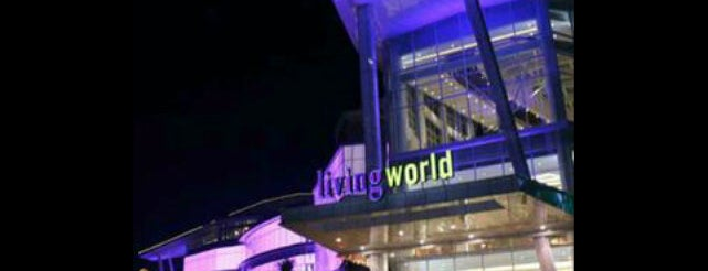 Living World is one of List Kuliner Jakarta.
