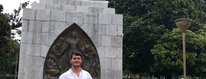 Samsun Atatürk Heykeli is one of Karadeniz Turu.