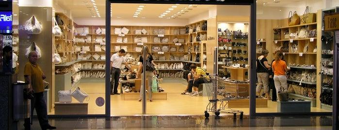 0d1c6515330 Bosanova Baricentro is one of Nuestras tiendas Bosanova.
