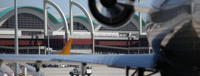 İstanbul Sabiha Gökçen Uluslararası Havalimanı (SAW) is one of Pendik İlçesi.