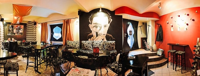 Salvador Dalí is one of Belgrade beer bars.