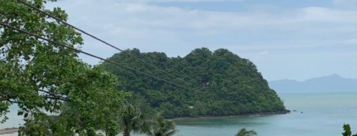 Las Cabanas Beach is one of El Nido.