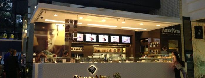 Bianco Nero Cioccolato Caffè & Gelato is one of André : понравившиеся места.