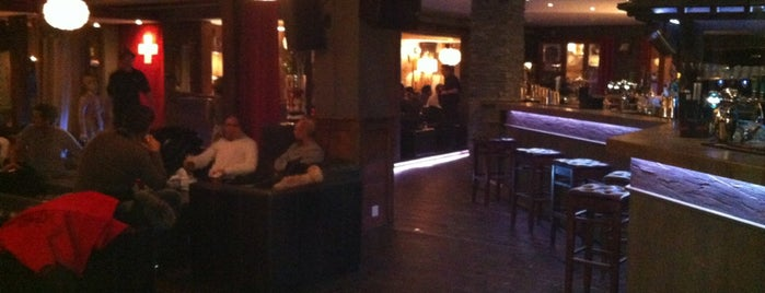 Farinet Lounge Bar is one of Verbs.