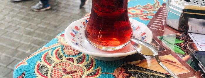 Eminönü Kahvecisi 12. Durak is one of สถานที่ที่ Özlem Bayrak👑 ถูกใจ.