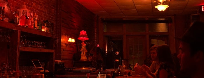 The Hart Bar is one of Bushburgstuy to try.