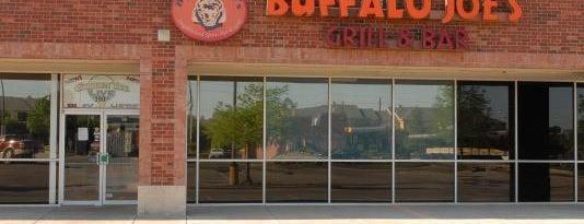 Buffalo Joe's Grill & Bar is one of Tempat yang Disimpan Naveen.