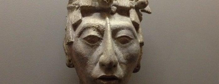 Exposicion Mayas: Revelación de un tiempo sin fin. is one of Antes de que se nos pase.