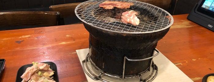 炭火焼肉 安安 藤沢店 is one of สถานที่ที่ mnao305 ถูกใจ.