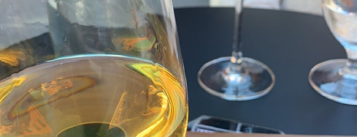Stafili Wine Cafe is one of Bars.