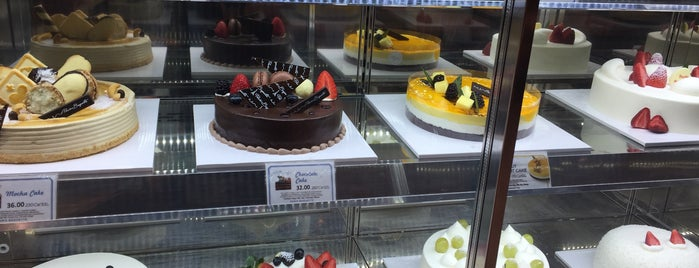 Paris Baguette is one of Blakeさんのお気に入りスポット.