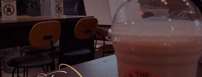 JOE & THE JUICE is one of NYC  cafe / coffee lovers (esp soy milk drinkers).
