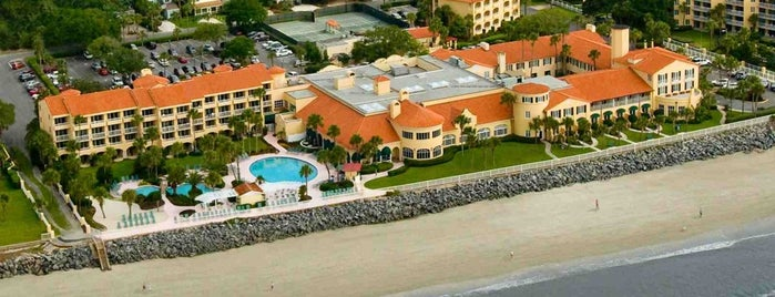 The King And Prince Beach & Golf Resort is one of Lugares favoritos de Joel.