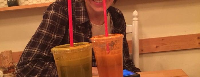 Juice and Java is one of สถานที่ที่ E ถูกใจ.