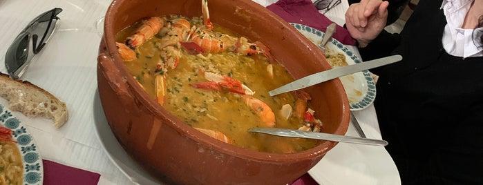 Mourão is one of Restaurantes bons.