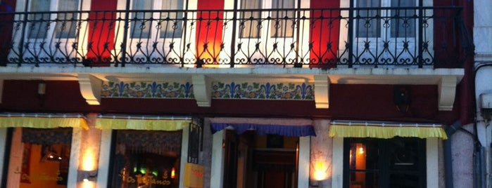 Os Tibetanos is one of Eat in Lisboa.