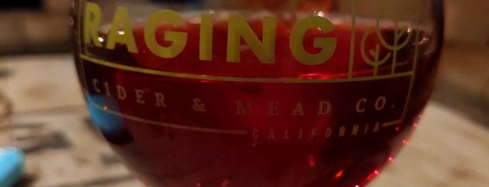 Raging Cider And Mead is one of สถานที่ที่ John ถูกใจ.