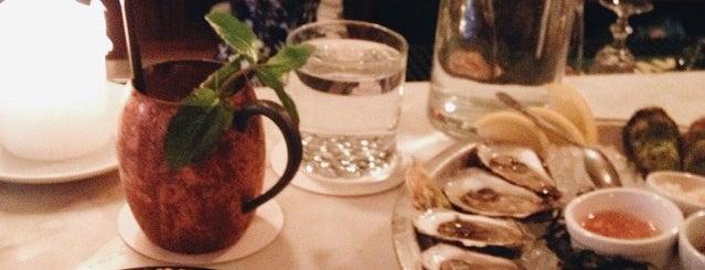 Geraldine Restaurant is one of Boozin'.