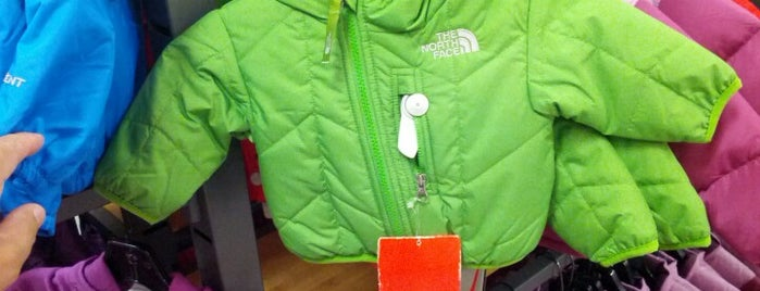 The North Face Outlet is one of Lanre 님이 좋아한 장소.