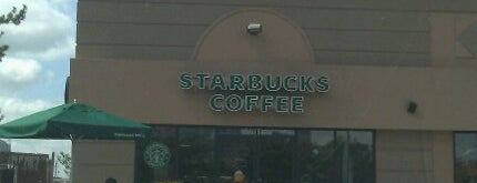 Starbucks is one of Dawnさんのお気に入りスポット.