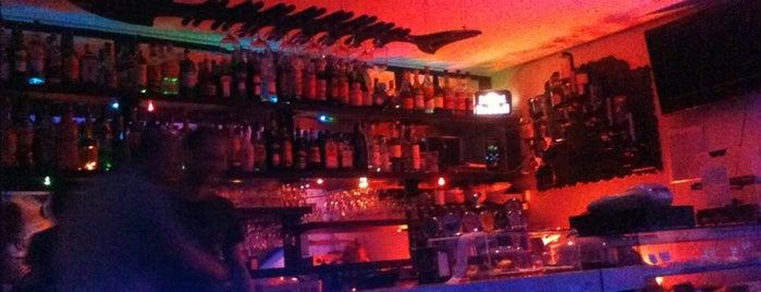 Chet Bar is one of Lieux qui ont plu à Klingel.
