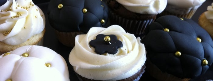Cupcakes by Tom is one of Postres que ni en cuentos....