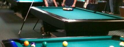 Pockets Billiards is one of Locais curtidos por Jillian.