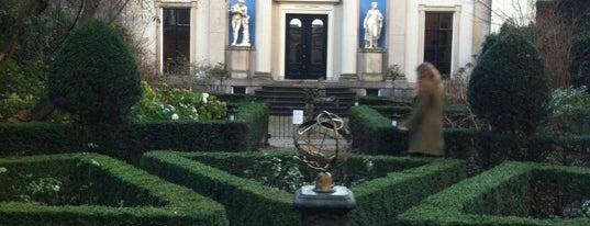 Museum Van Loon is one of Monuments ❌❌❌.