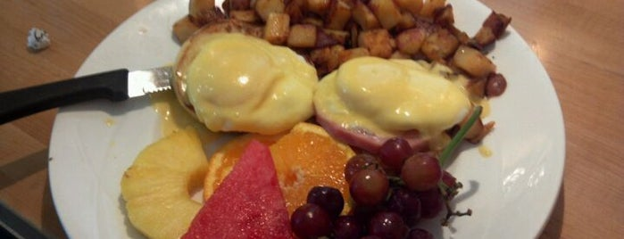Yolk is one of Fave Brunch Spots in Chicago.
