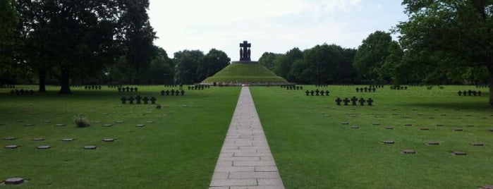 Cimetière Militaire Allemand is one of The Price of Freedom Trip.