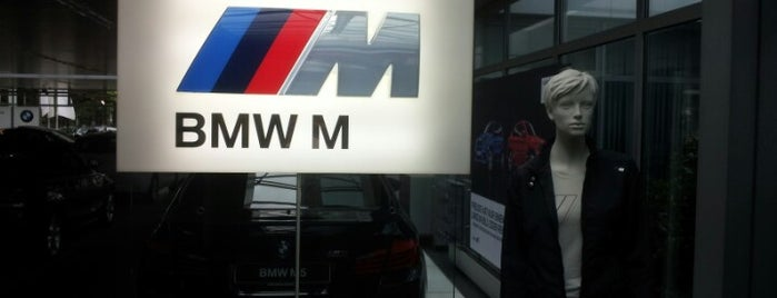BMW Niederlassung Berlin is one of Joud's Liked Places.