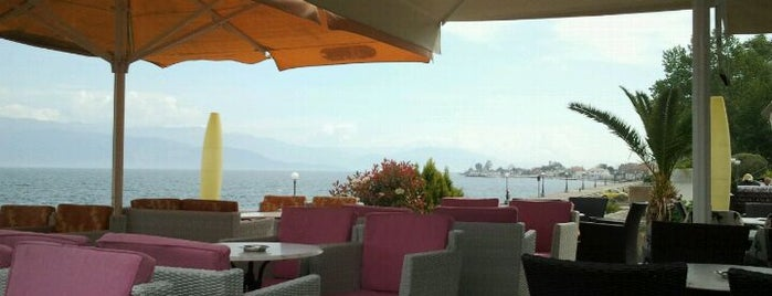 Cafe Del Mar is one of Tempat yang Disimpan Georgia❤.